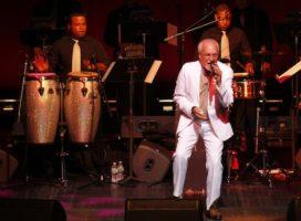 Paquito Guzmán sigue vigente a sus 77 años